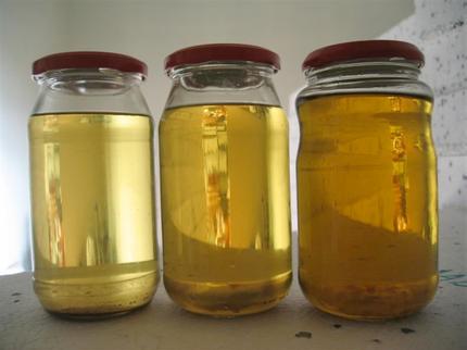 Filipino Inventor Turns Plastic Trash Into Liquid Gold